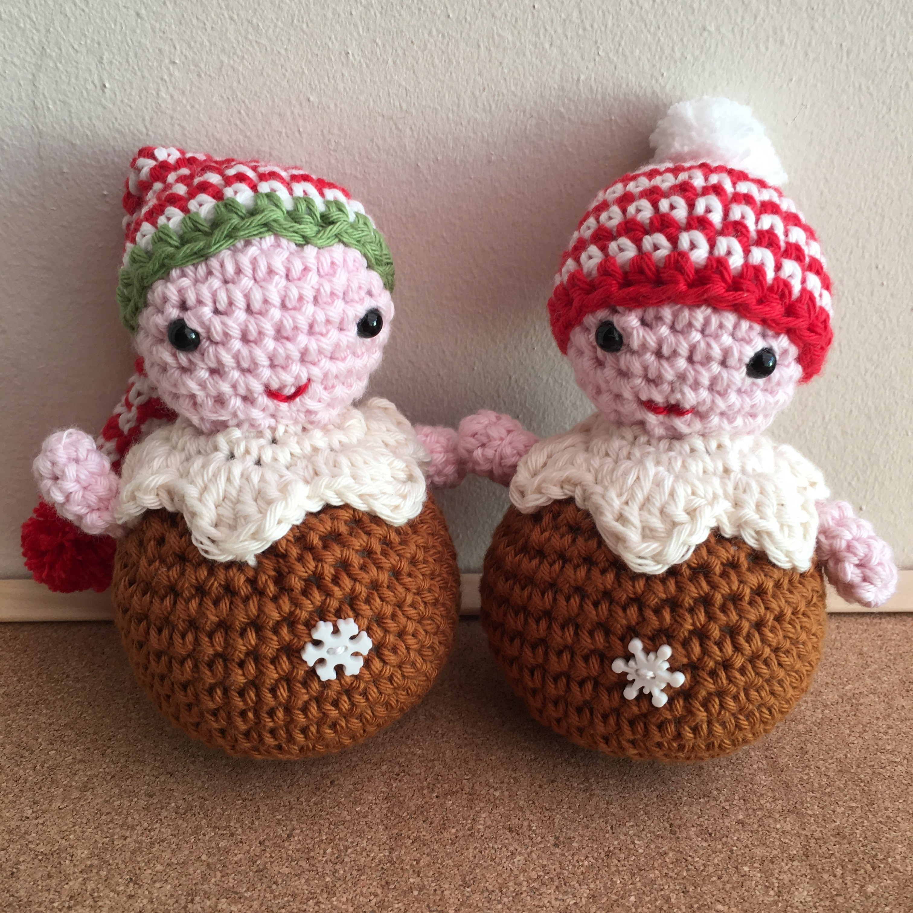 222 Xmas Pudding People
