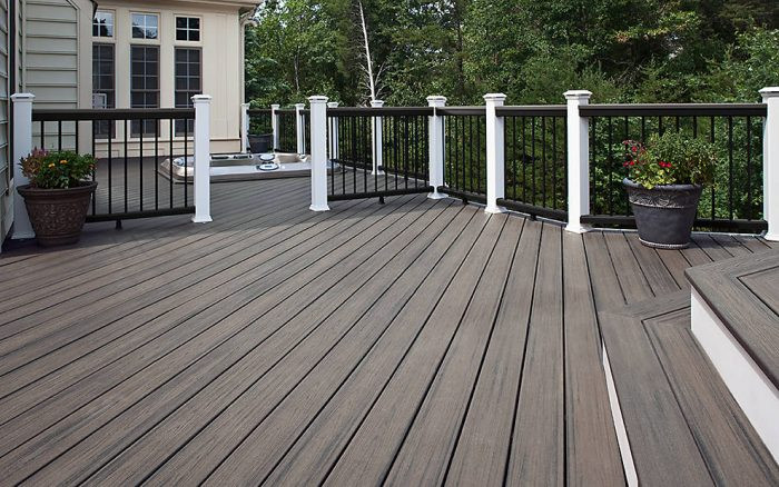 transcend-decking-island-mist-low-angle-