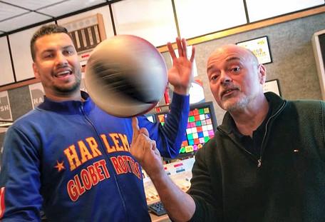 Harlem Globetrotter El Gato