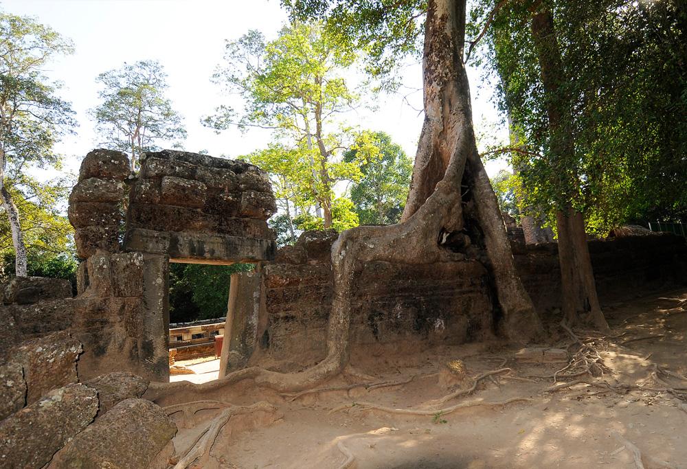 32 Angkor Wat