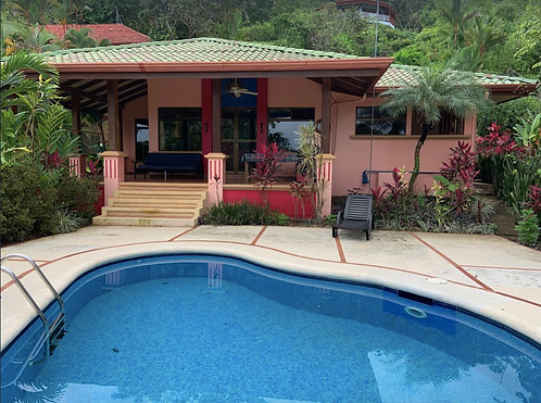 2/2 with Pool & Ocean View 1 Mile From the Beach! (Escaleras)