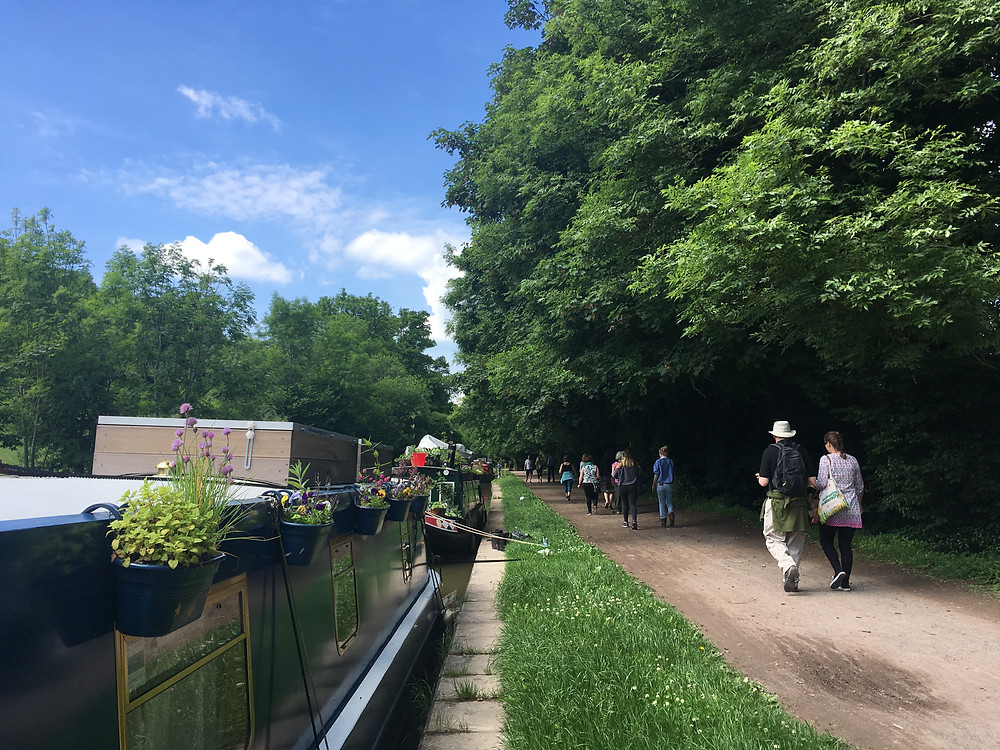 Networking along banks of the Kennet & Avon Canal in Wiltshire | Netwalking