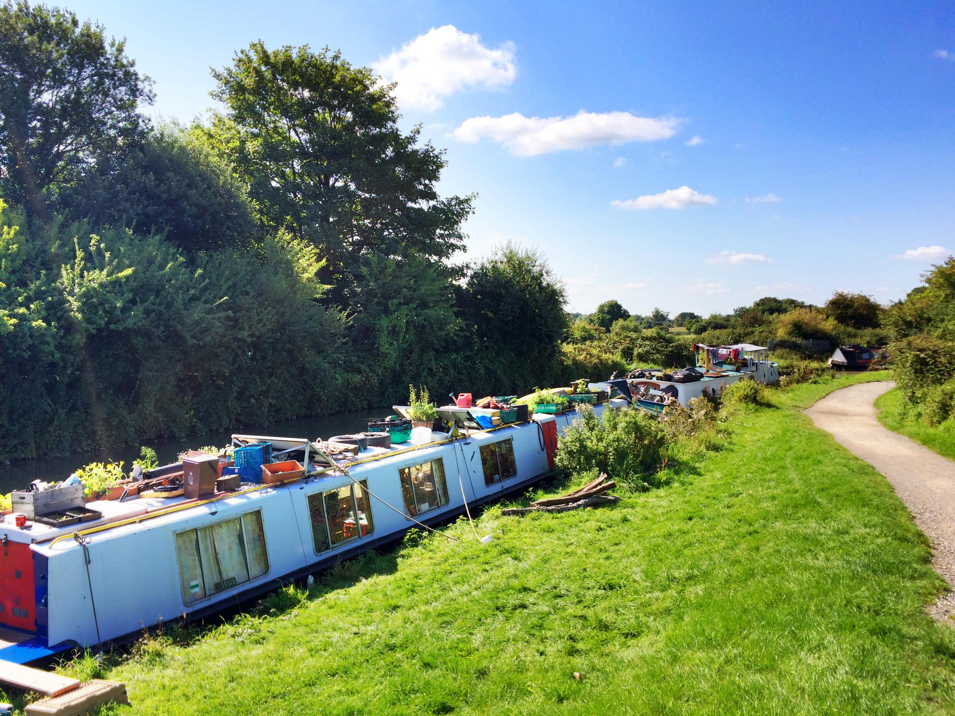 Kennet & Avon Canal, Wiltshire, UK
