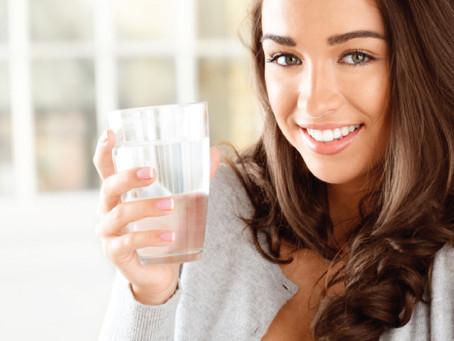 Saiba a importância de beber água para o corpo humano