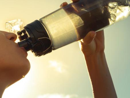 Quanto de água devemos beber todos os dias: como calcular