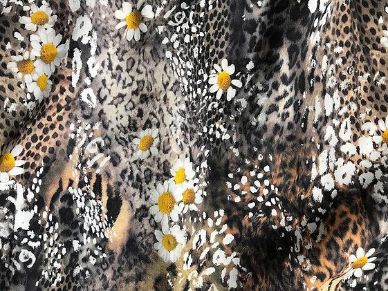 Ilgi Leopard Daisy Print