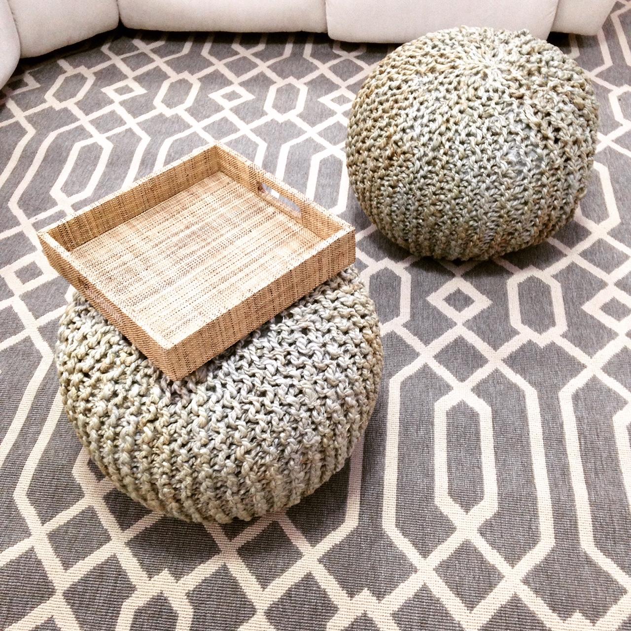 Puffs Palacios, alfombra Viva Carpets
