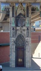 Fresques des Piliers façade cathédrale