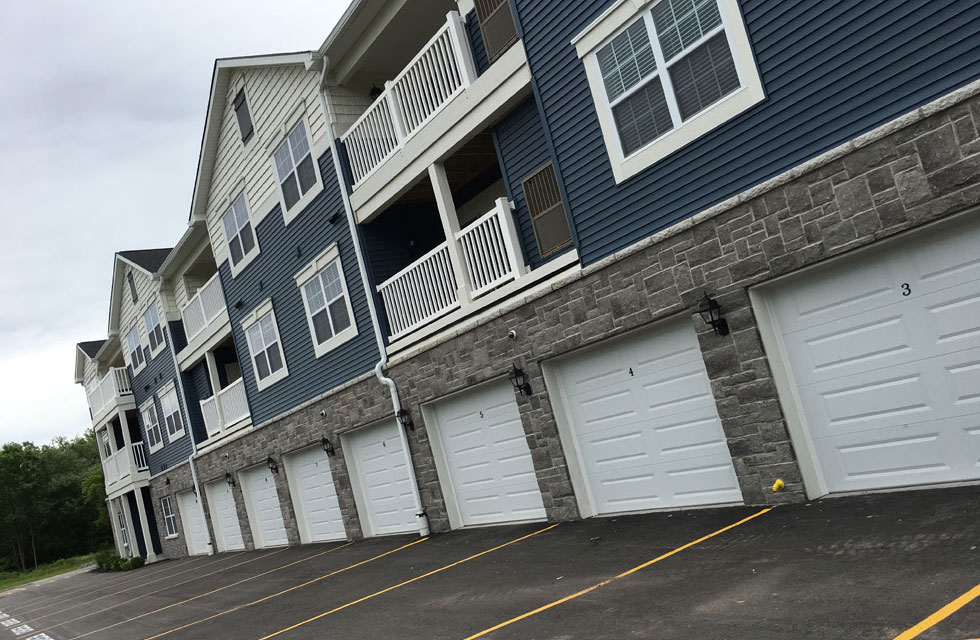 Residences-Garages