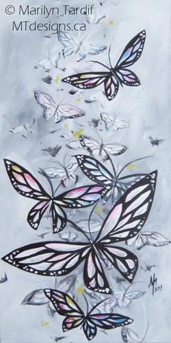 Red_Butterflies_-_©_Marilyn_Tardif_-_MT_Designs_Art_Studio