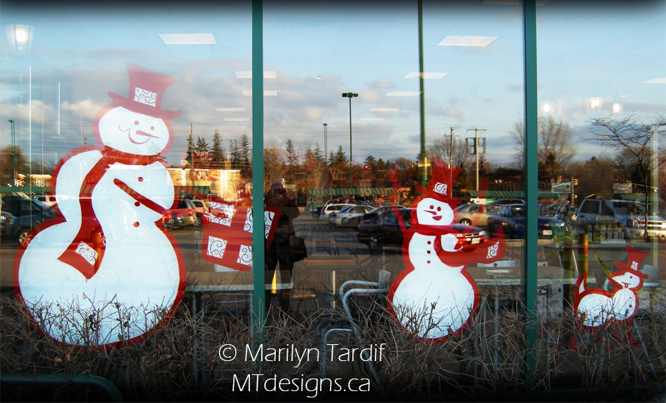 Snowmen_and_Presents_-_©_Marilyn_Tardif_-_MT_Designs_Art_Studio