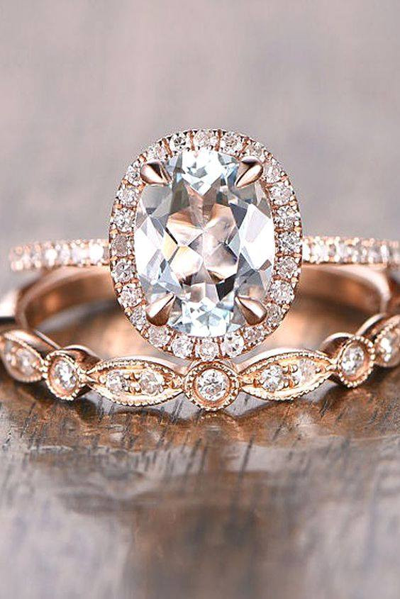 The Advantages of Buying a Natural Diamond Engagement Ring