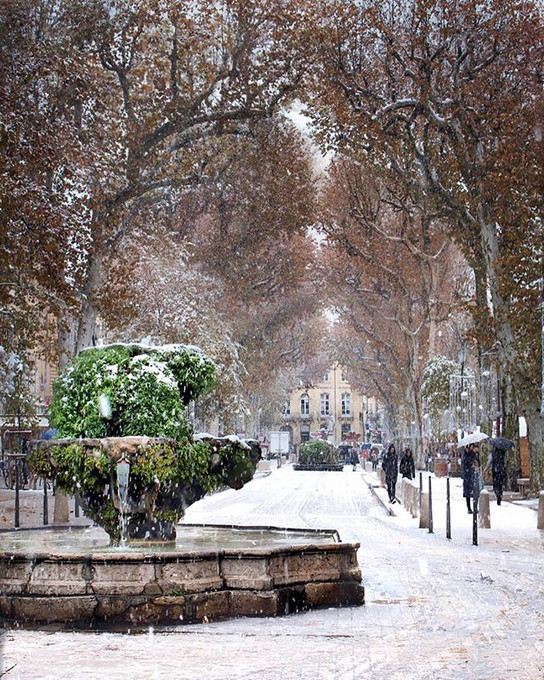 Aix-en-Provence, south of France 🇫🇷 ._._._._._._._.jpg