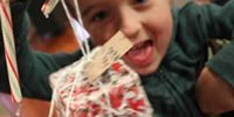 Creative Kids Make a Gift Event
