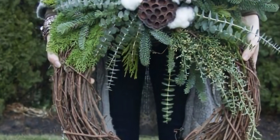 Create a Winter Wreath with Alice's Table (1)