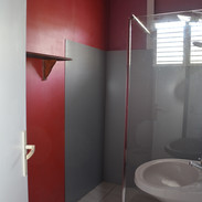 douche à l'italienne dans Ti Bô etTi Mou
