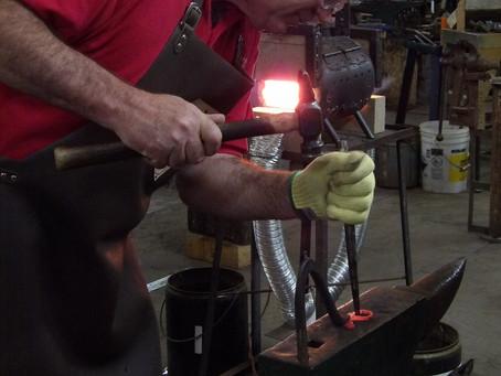 Five Tips for Choosing a Comfortable Blacksmith Apron
