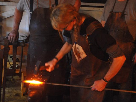 Ladies rocking their Forge-Aprons
