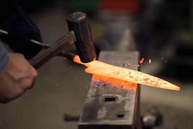 knife making demonstration