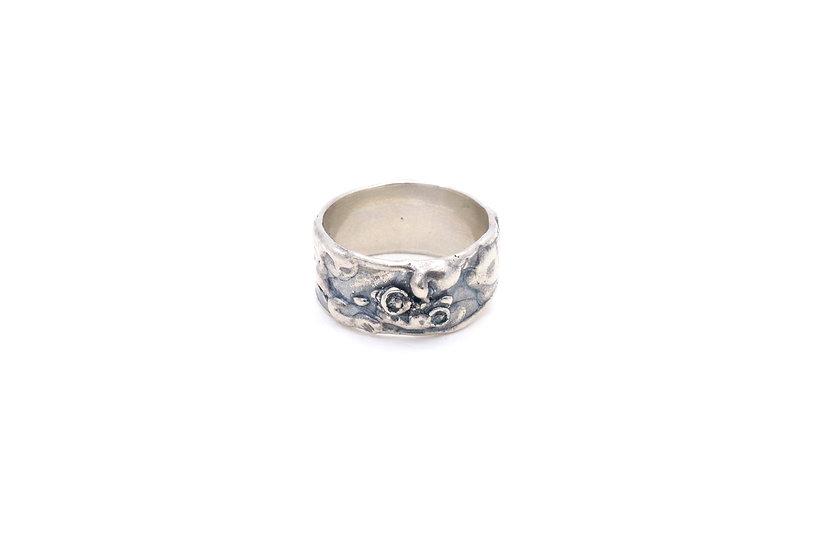 Lichen Loving Ring