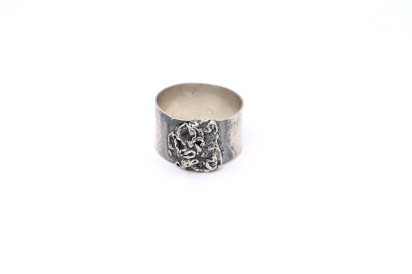 Half Moon Lichen Ring