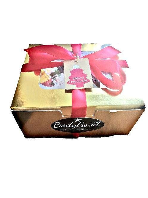 Gift Box with Sugar Scrub/bathbomb/sponge
