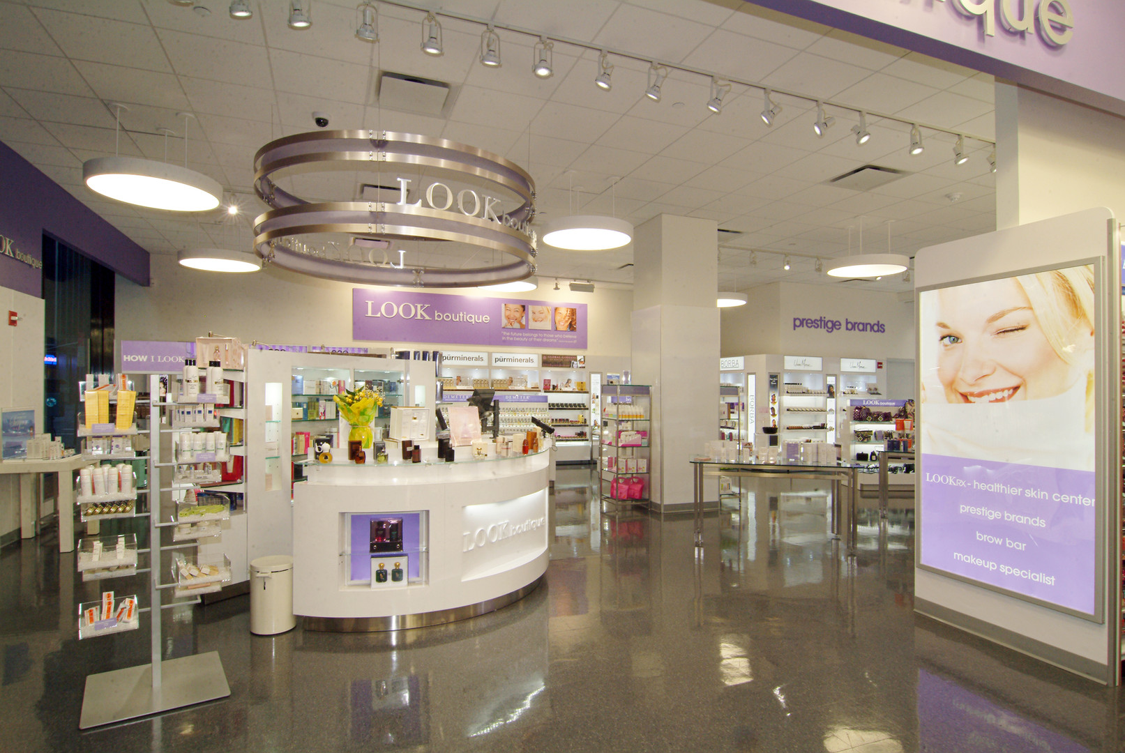 DuaneReade-Interior-2.jpg