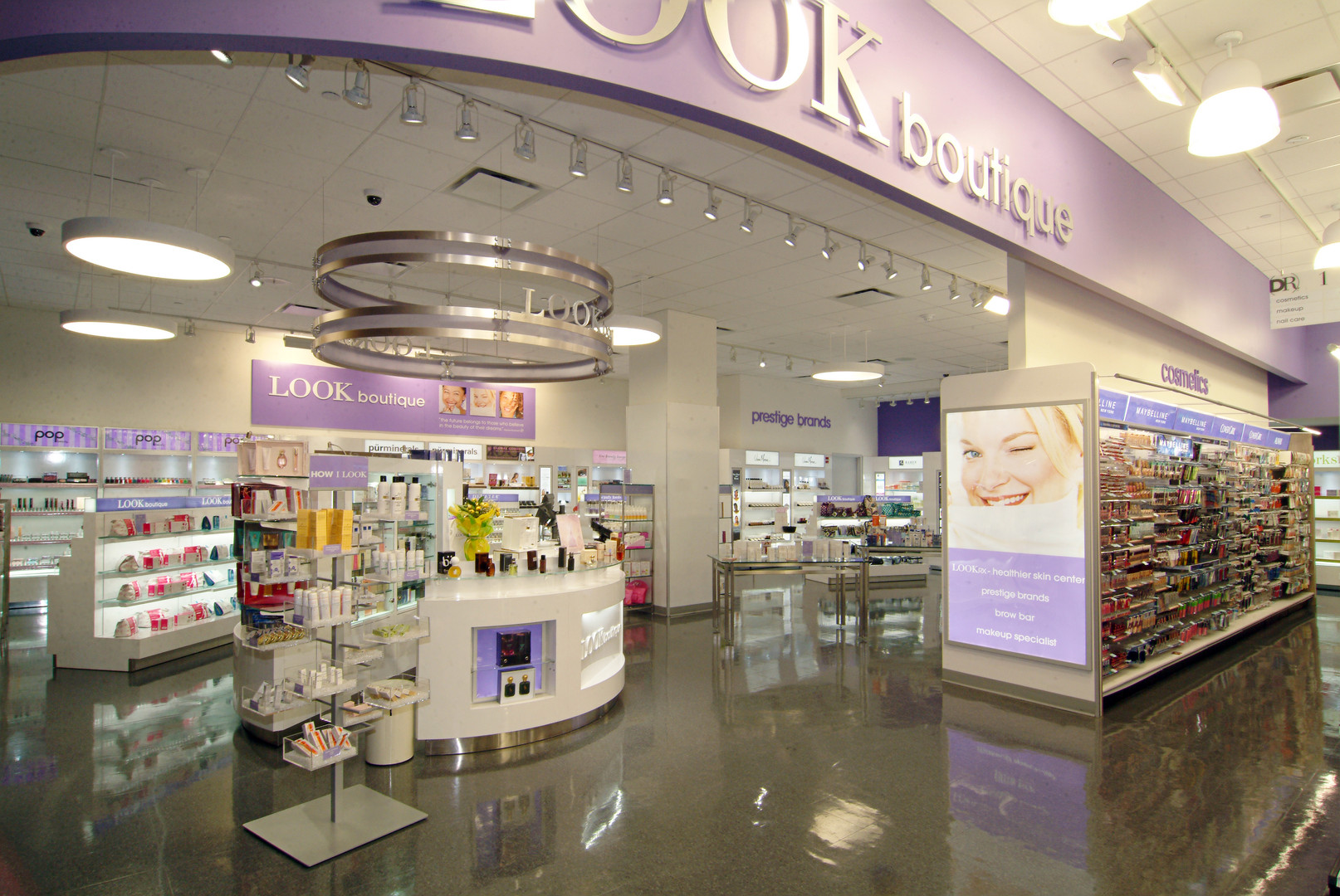 DuaneReade-Interior-3.jpg
