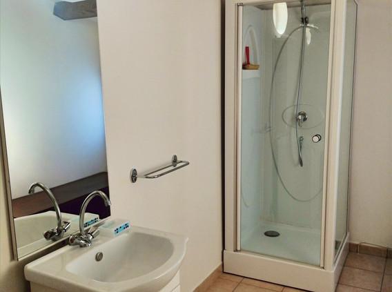 Salle de bain au premier étage