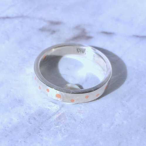 Silver speckle ring