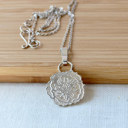 Anemone, a beautiful etched silver necklace