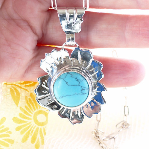 Hibiscus flower necklace with turquoise centre