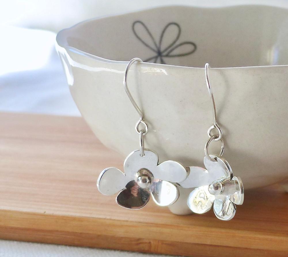 Flower design drop earrings solid silver