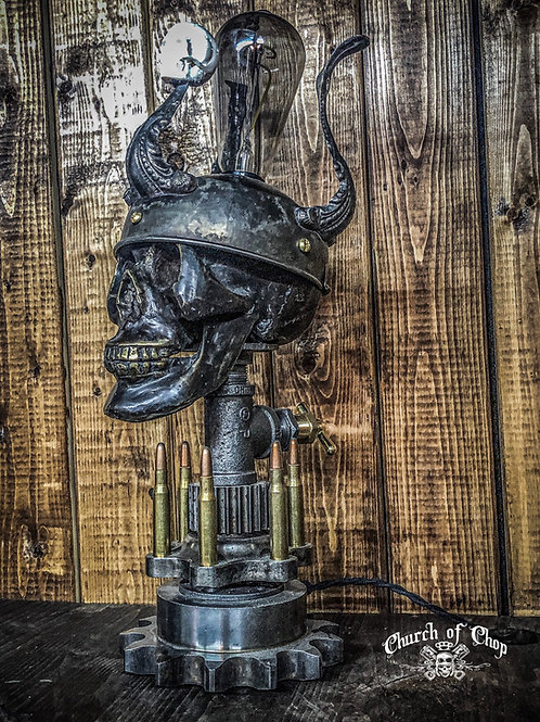 War Machine - Industrial pipe lamp with antique brass skull