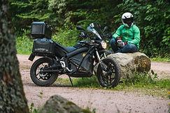 Zero-Motorcycles-DSR-Black-Forest-Editio