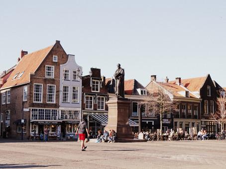 Delft, ville natale de Vermeer et porcelaine royale!