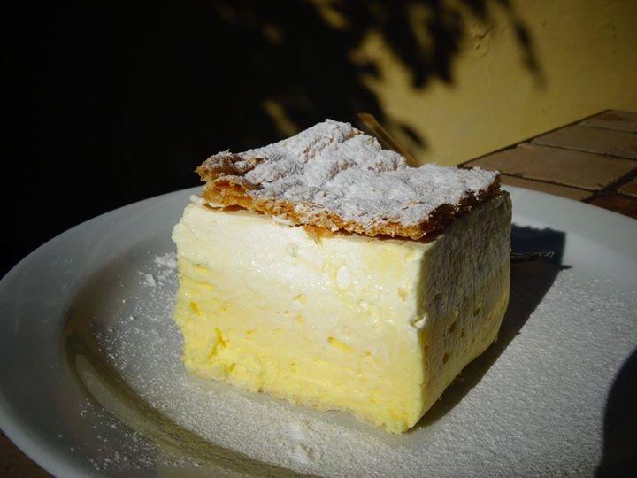 Le gateau à la crème traditionel de Bled, mmmh!