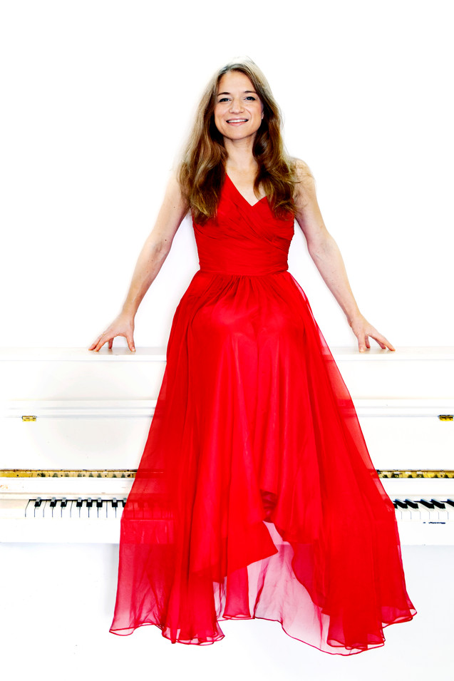 Vera Kooper by Sarah Wijzenbeek 6.jpg.jp