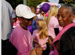 breastcancer-walk-hood