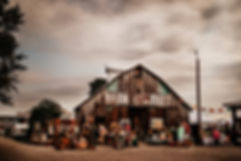 chandelierbarnmarket22.jpg