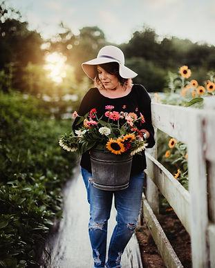 chandelierflowerfarm64.jpg