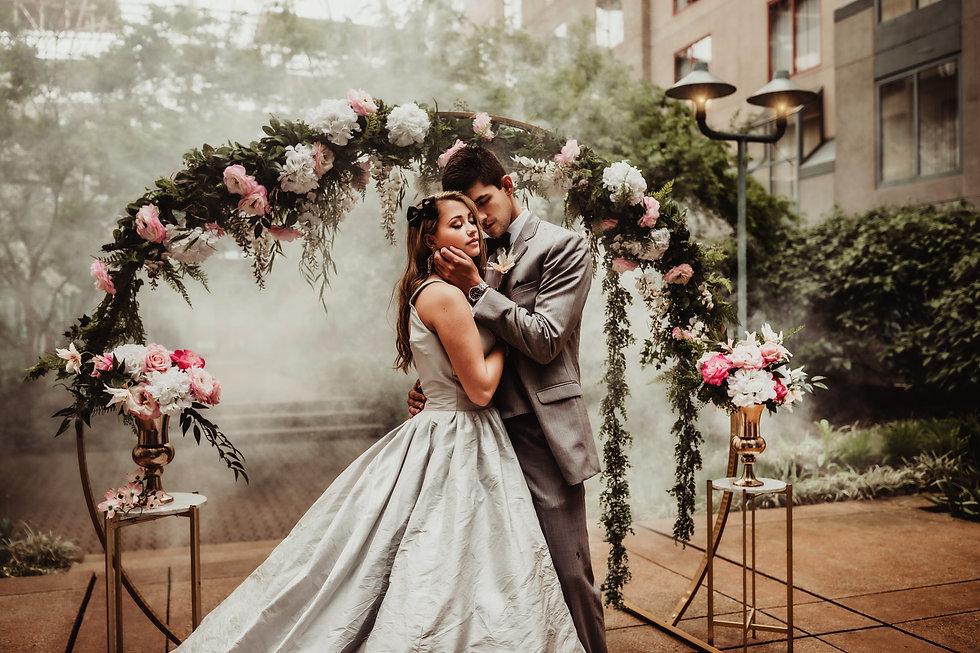 weddingcoupleb.jpg