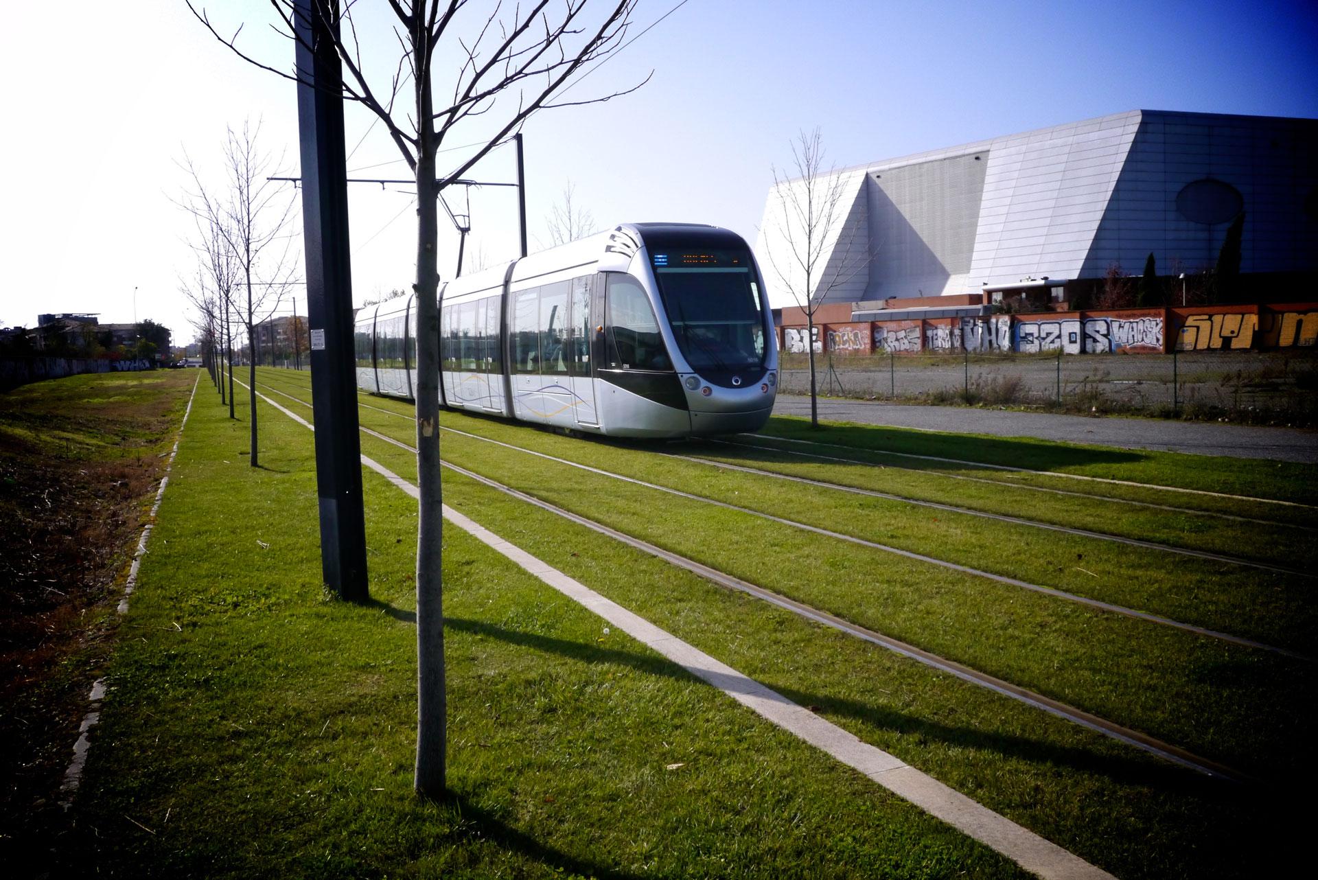 tram-041