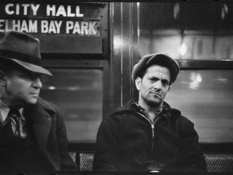 Walker Evans viaja en el metro de NY. Many Are Called