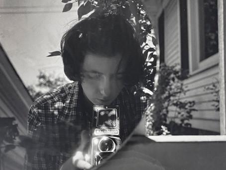 El rostro de Vivian Maier: autorretratos