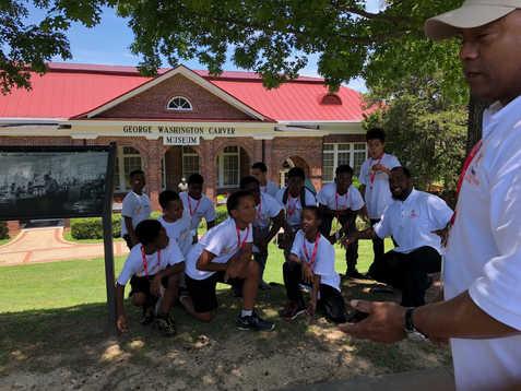 Academy Students Visit Tuskegee University