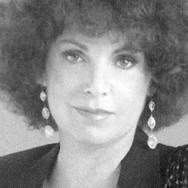 Gail Marten by Leigh Wachter cropped.jpg