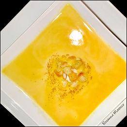 Kürbis-Mascarpone Suppe mit einem Schuss Sambuca