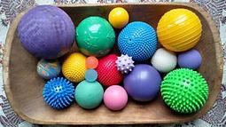 Ballwork-with-Ellen-Saltonstall-Balls-30