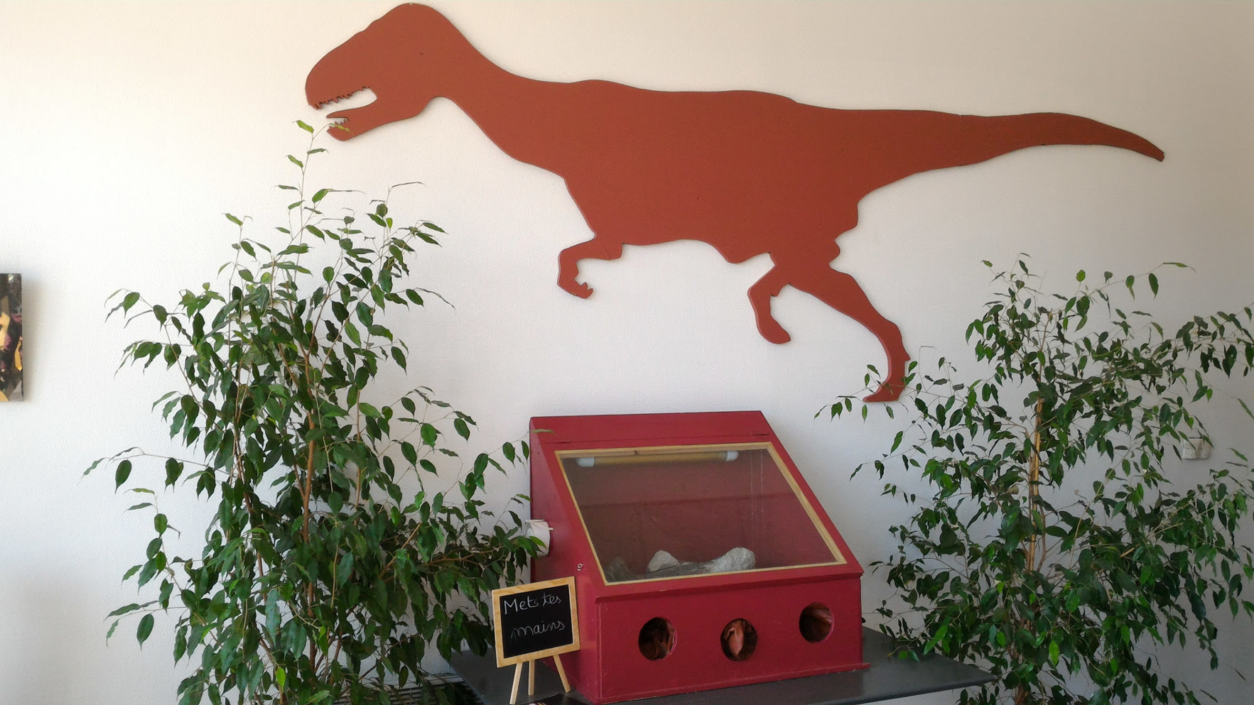 FHD Deuil la Barre Dinosaurs 6.jpg
